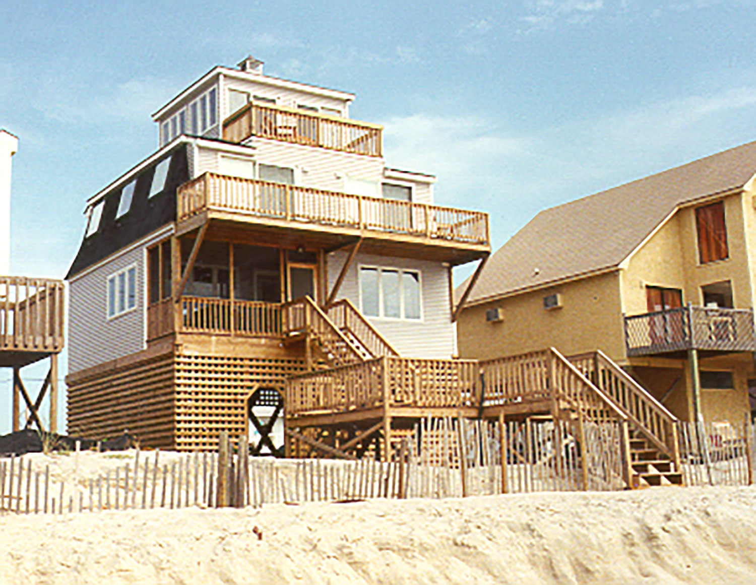 27_Copy-of-light-house-rear