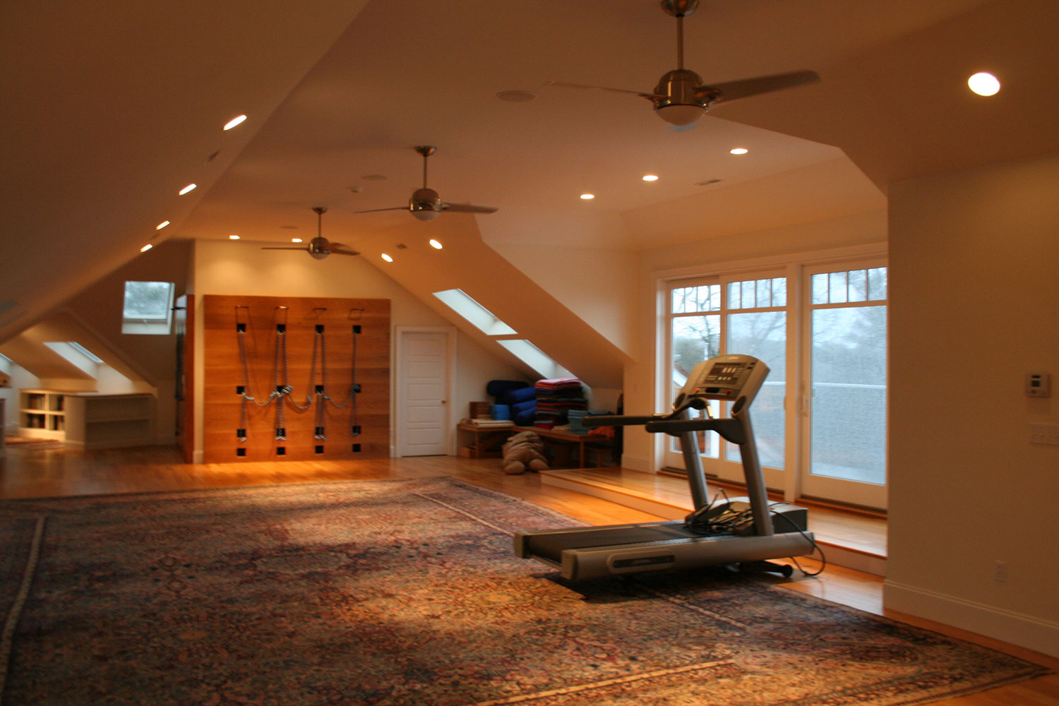24_#26-ATTIC-WORKOUT-AREA